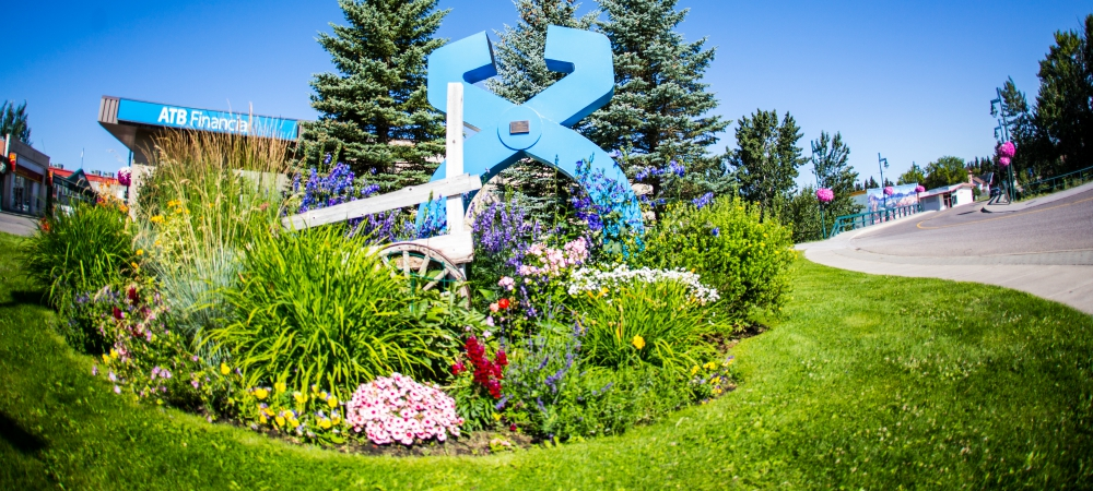 A dynamic family oriented community serving as the heart of Southwestern Alberta